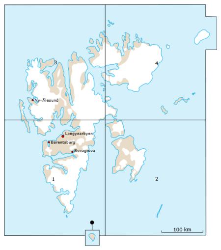 kart over svalbard delt inn i fire kartblad
