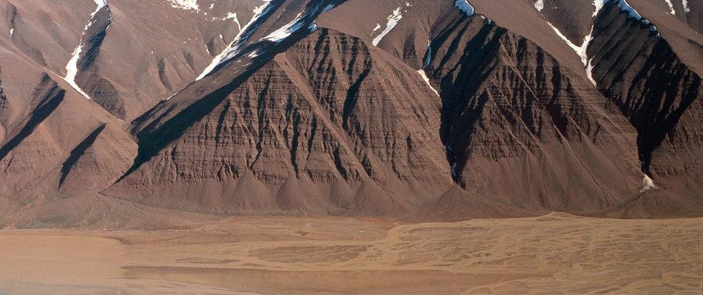 Rødbrune fjell