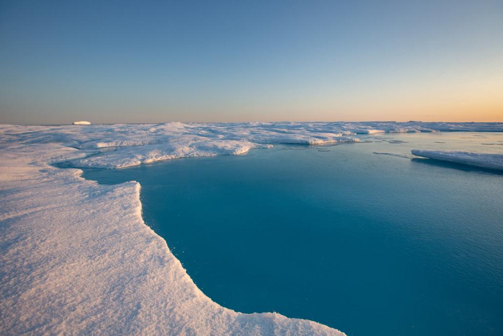 landskap med hav og is